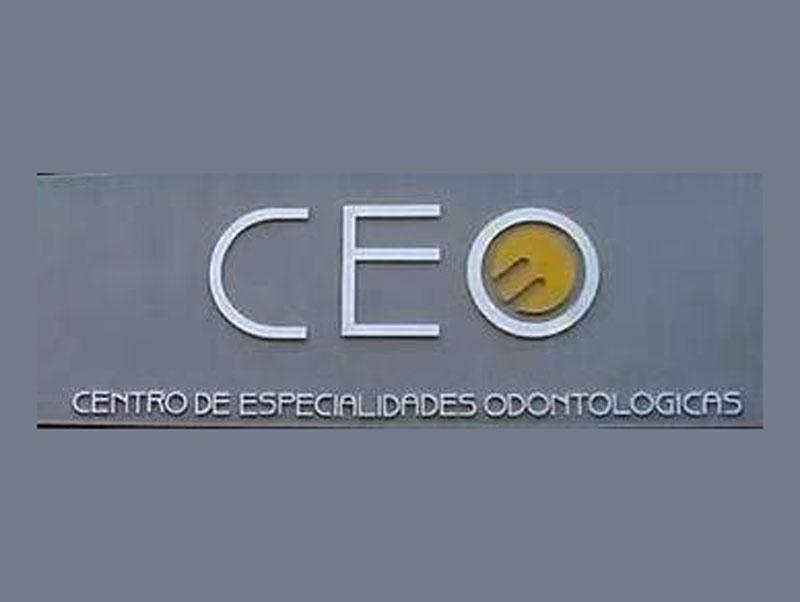 DRA. VALERIA GODOY (CEO)