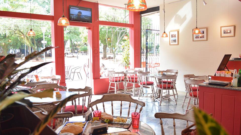 CAFE CHATEAU DE MONCHY